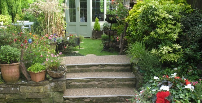 Stone Paving in Arrow Green